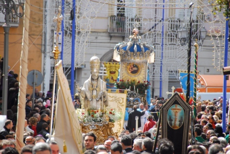 St. Leo and the Madonna del Popolo in procession