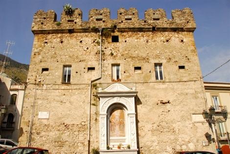Torre medievale (Torre del mercato)
