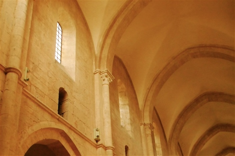 Partial view of the clerestory, former Cistercian abbey of Fossanova, twelfth century, Proverno