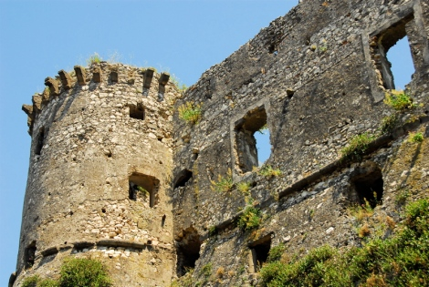 Tower and wall of the castle of Vairano Patenora
