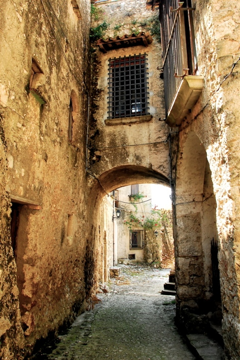 Street in the medieval borgo of Vairano Patenora